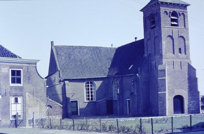 piershil-kerk-27april1968-01