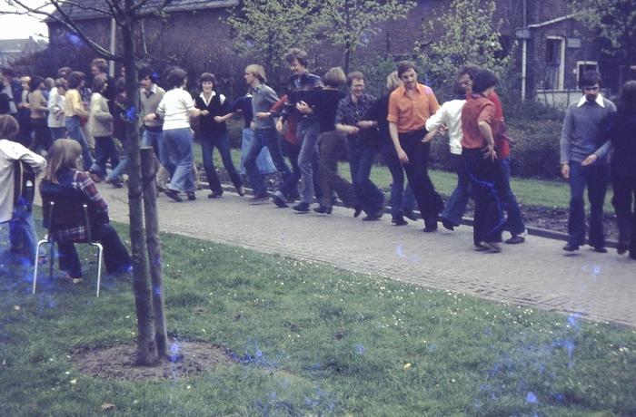 piershil-kerk-dansen-1972-01