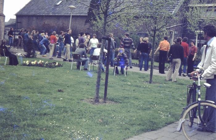piershil-kerk-dansen-1972-02