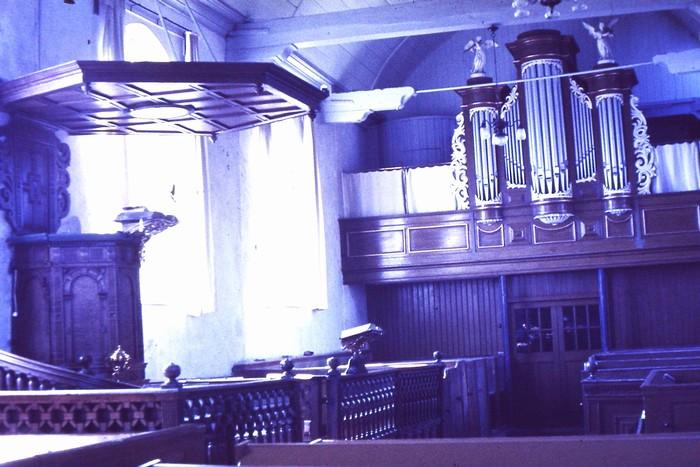 piershil-kerk-mei1968-voorrenovatie-03