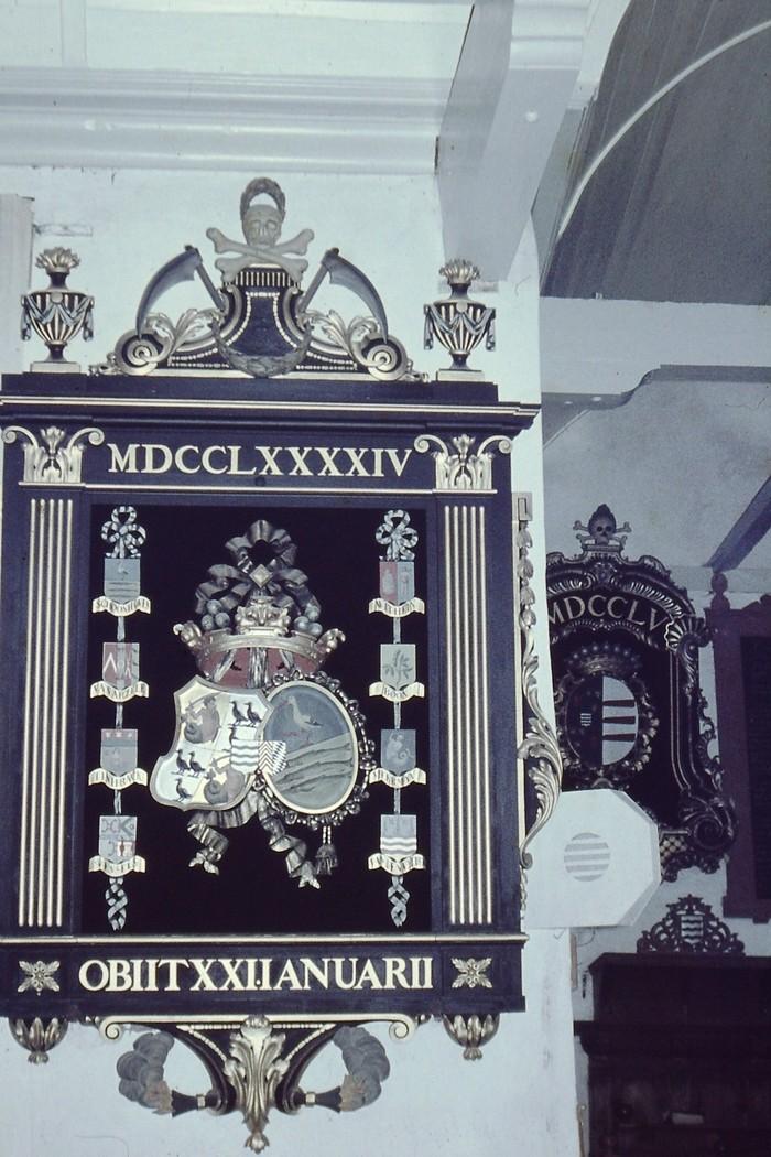 piershil-kerk-rouwbord-mei1968-04