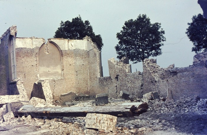piershil-kerk-zomer-1969-03