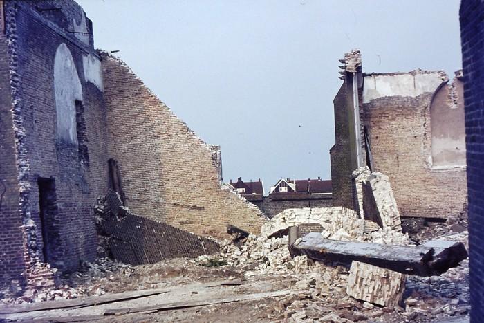 piershil-kerk-zomer-1969-05