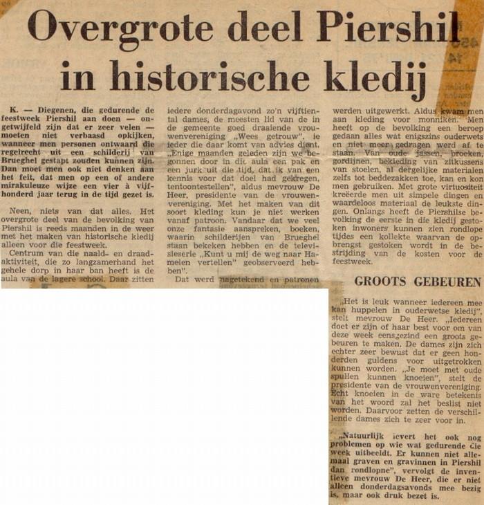 piershil-knipsel-450jaar-klederdracht-01