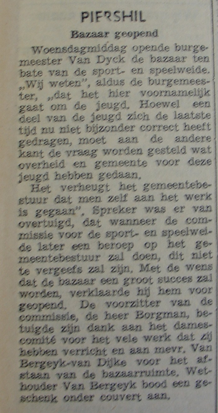 piershil-knipsel-bazaargeopend-circa1955