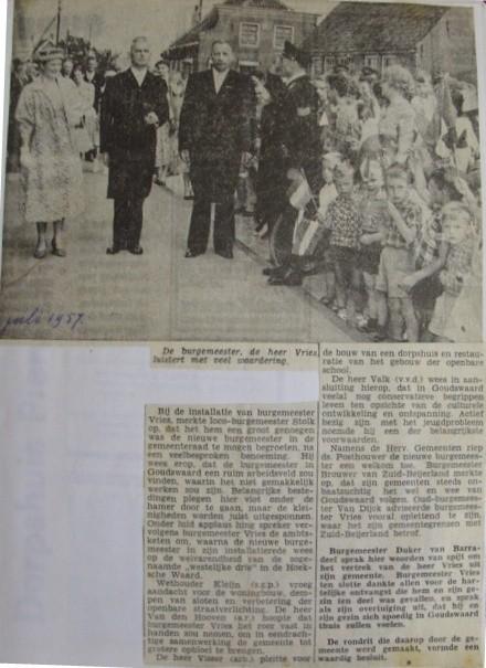 piershil-knipsel-burgemeester-vries1957-03