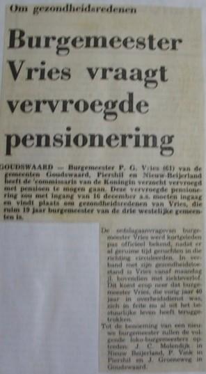 piershil-knipsel-burgemeester-vries1976-01