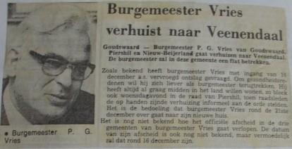 piershil-knipsel-burgemeester-vries1976-02