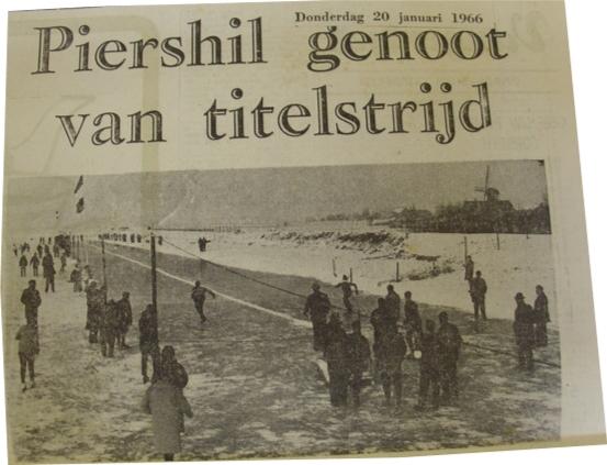 piershil-knipsel-titelstrijd-ijsbaan-1966-01