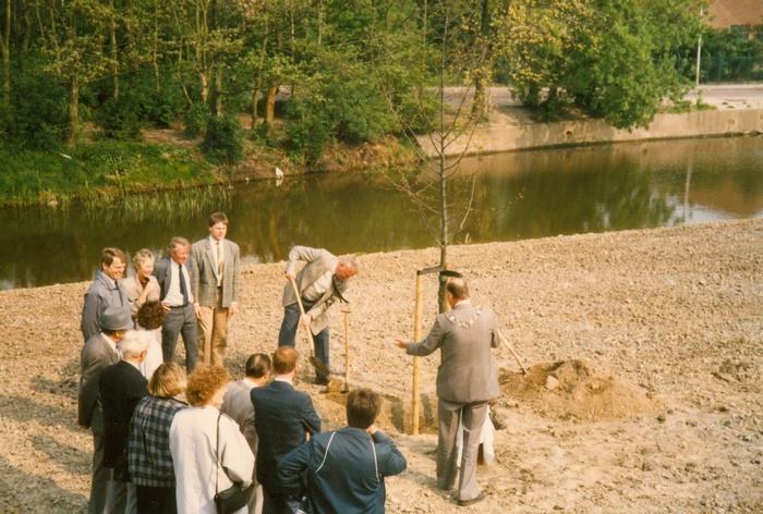 piershil-koningin-beatrix-boom-aanplant-30april1988-05