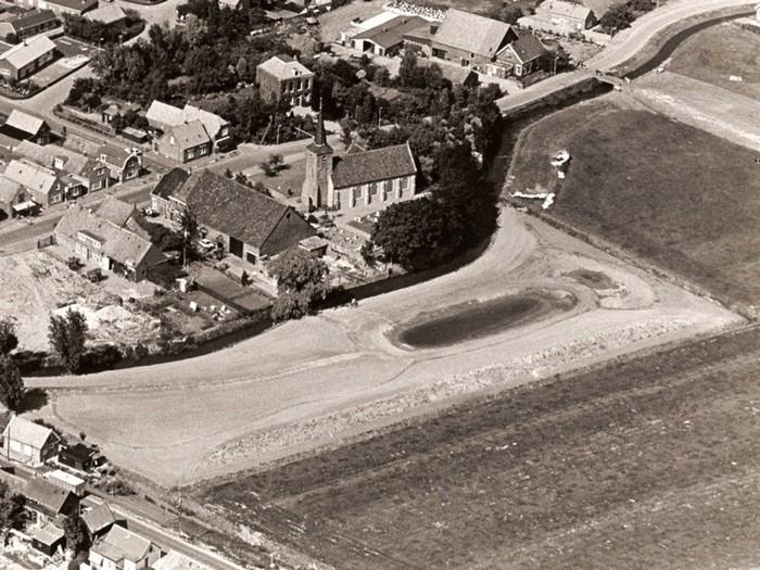 piershil-luchtfoto-heemtuin-1979