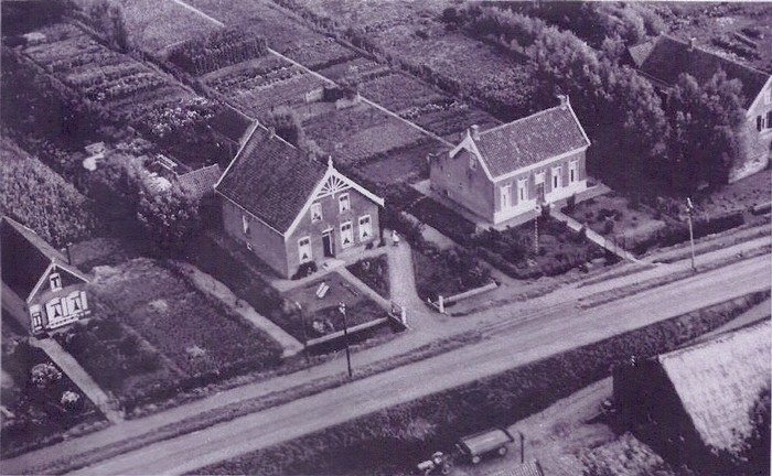 piershil-luchtfoto-hollander-1947