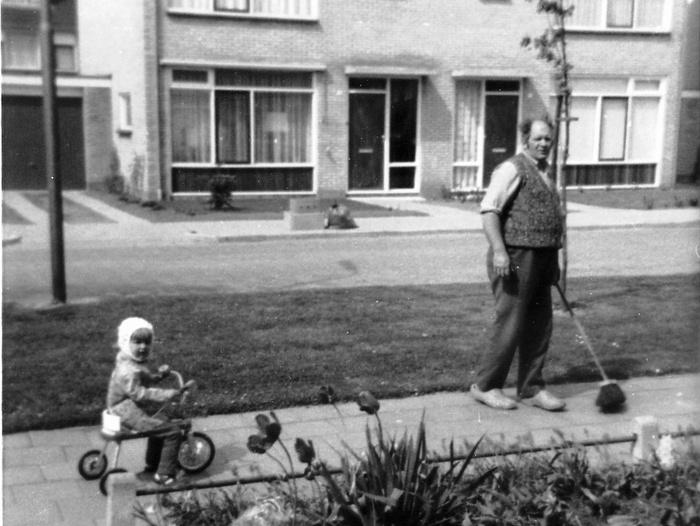 piershil-margrietstraat-kooij-1972-02