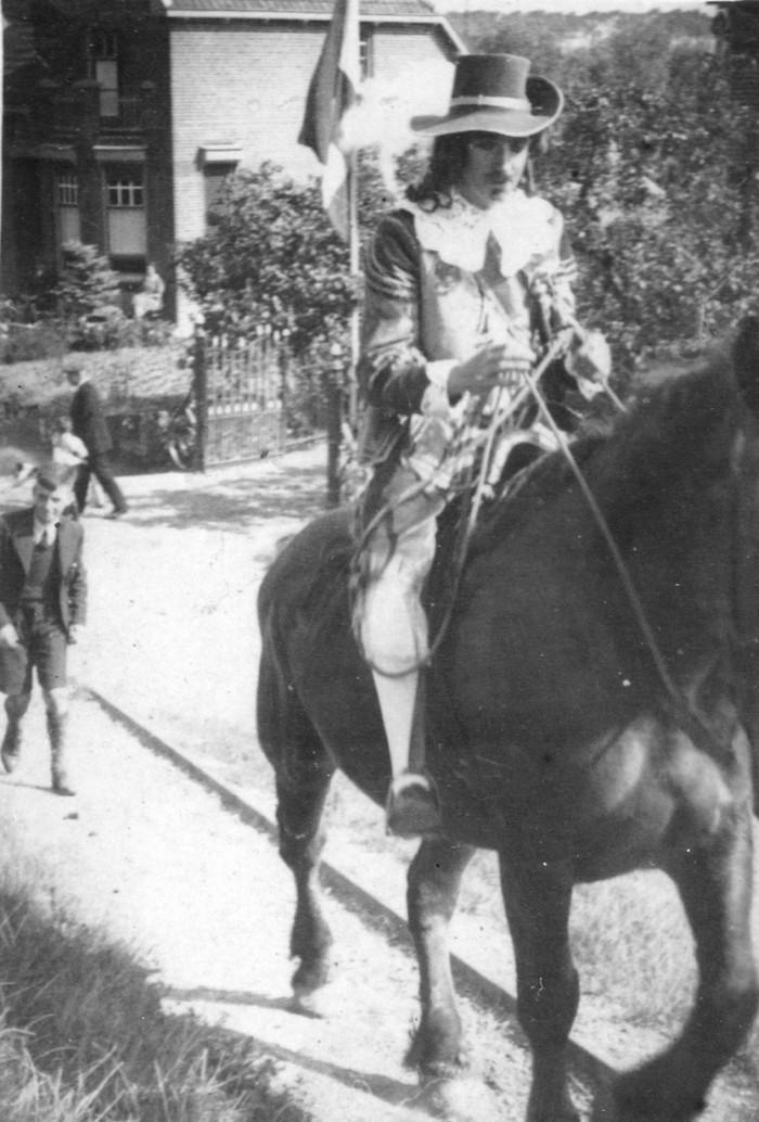 piershil-onderweg-pietrozendaal-1937