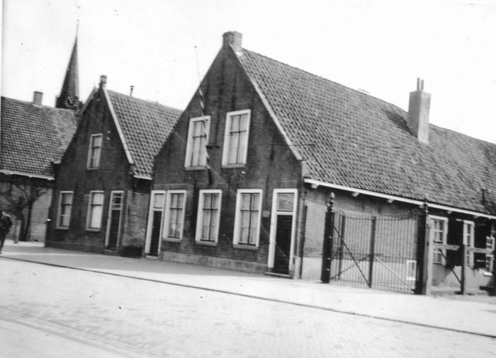 piershil-oudegemeentehuis-10sept-1937