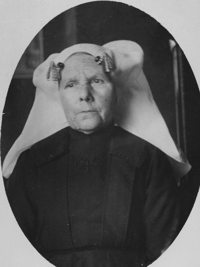piershil-portretfoto-mariaverhagen-1863-1953