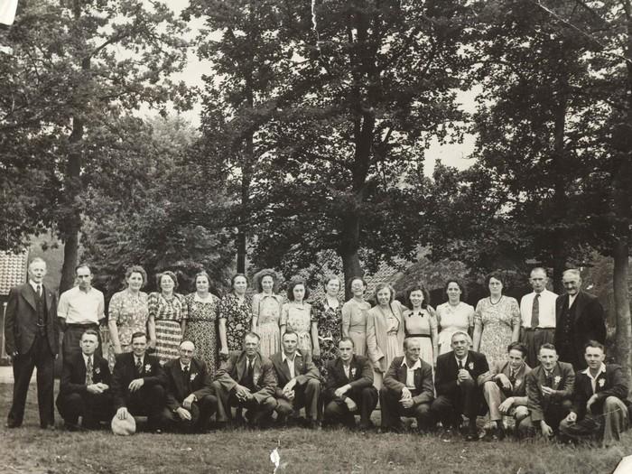 piershil-reisgezelschap-circa1955