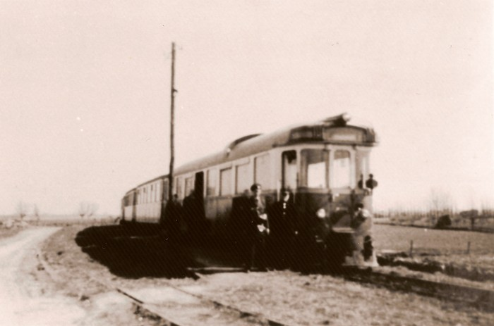 piershil-rtm-m1802-11april1954-perron
