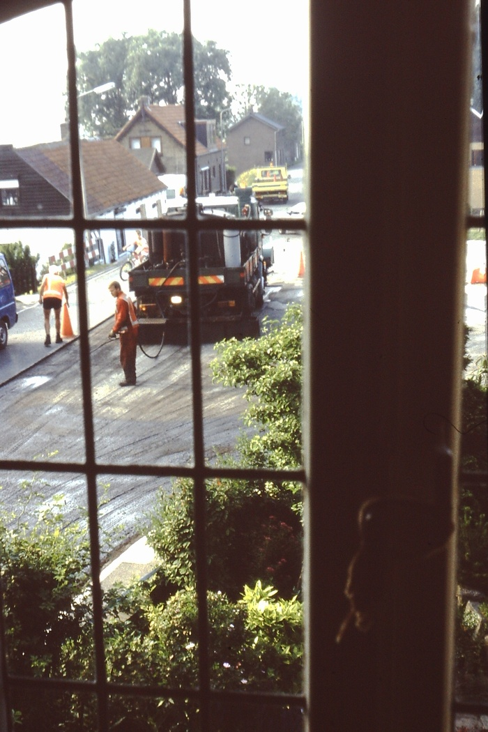piershil-sluisjesdijk-asfalteren-1985-04