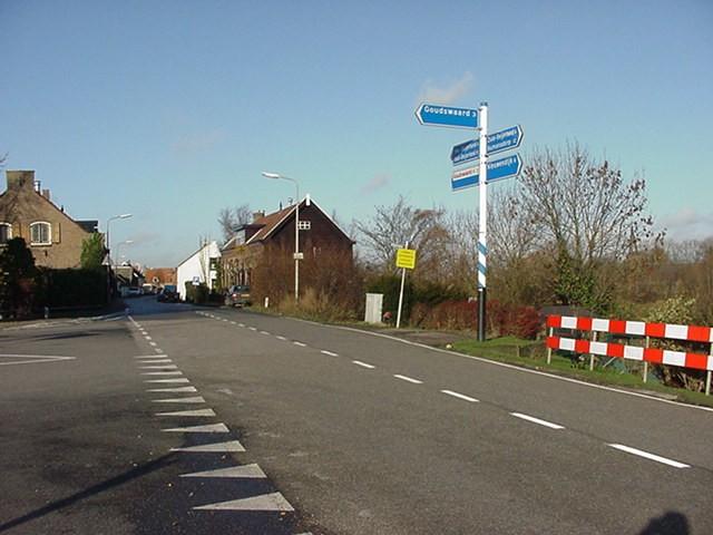 piershil-sluisjesdijk-gesplitst-01-dec2000