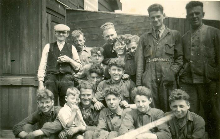 piershil-sluisjesdijk-personeel-1940