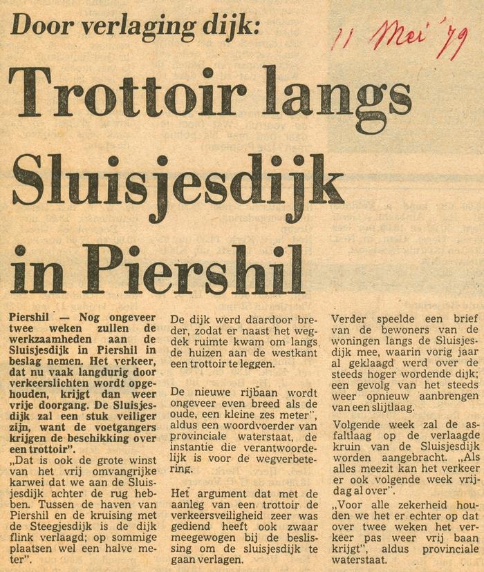 piershil-sluisjesdijk-trottoir-11mei1979-01