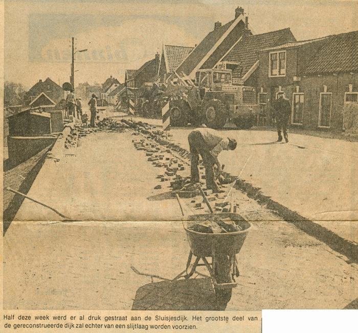 piershil-sluisjesdijk-trottoir-11mei1979-02