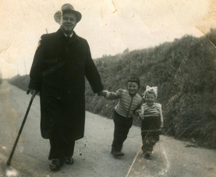 piershil-steegjesdijk-kinderen-vdheiden-ariebijl-nov1951
