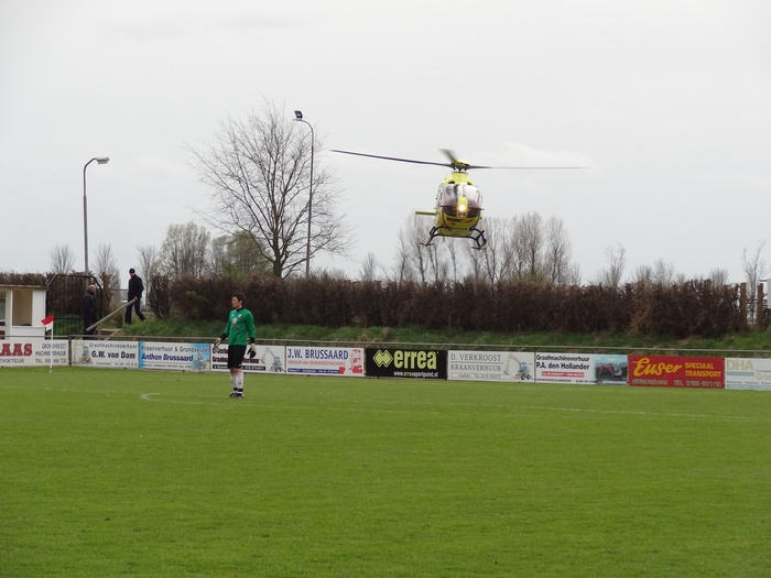 piershil-traumahelicopter-7april2012-04
