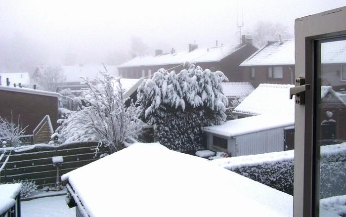 piershil-uitzicht-prinsbernhardstrat-2006-02