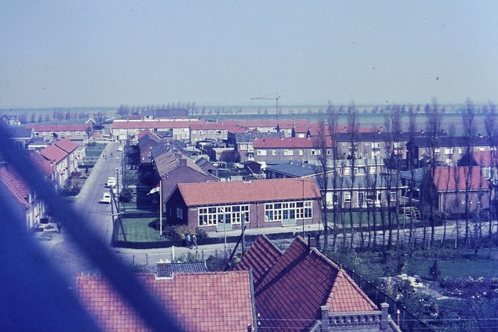piershil-uitzicht-toren-5mei1970-03