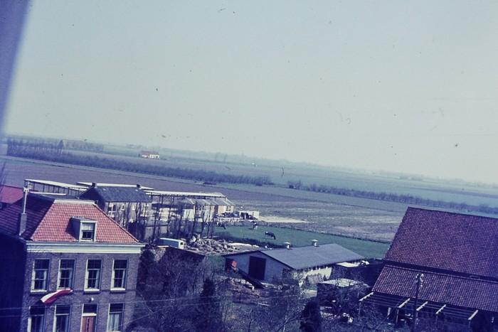 piershil-uitzicht-toren-5mei1970-04