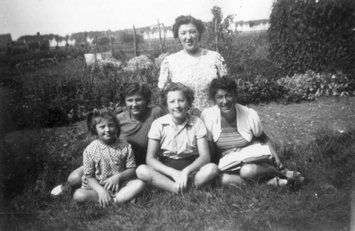 piershil-vanafdepijper-5zussen-1947