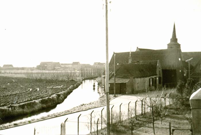 piershil-voorstraat-1jan1954