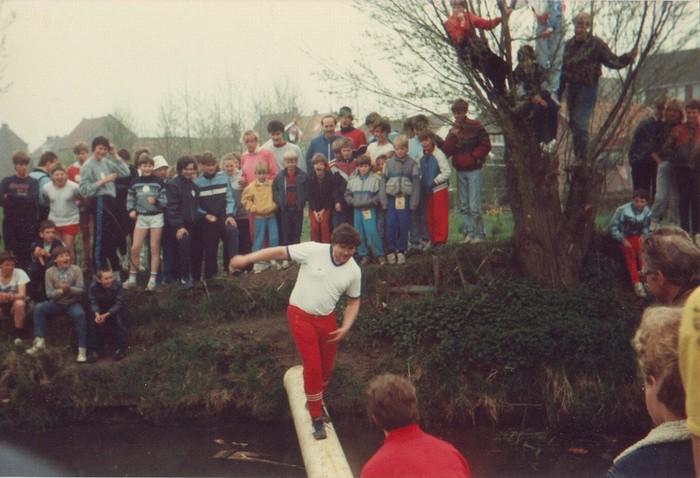piershil-voorstraat-5herenhuizen-april1985