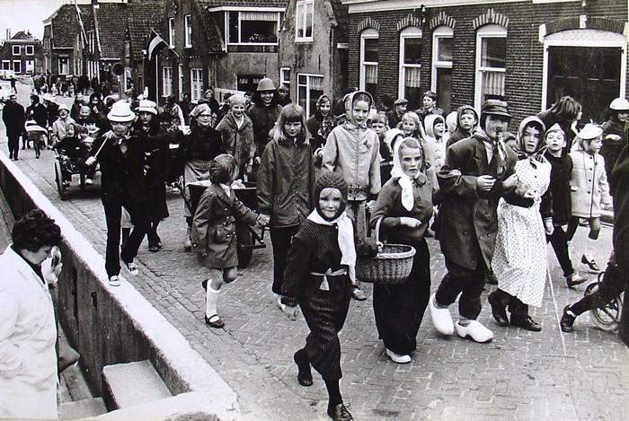 piershil-voorstraat-5mei1970