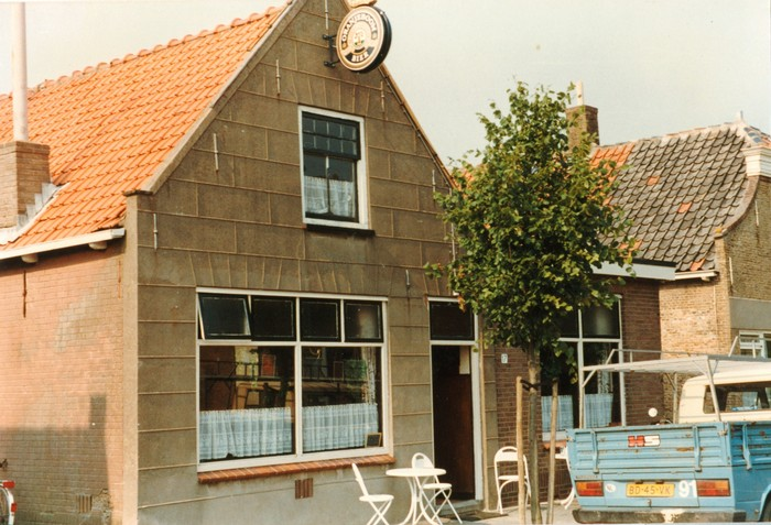 piershil-voorstraat-cafe-1987