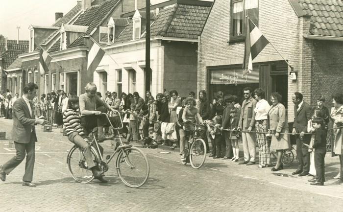 piershil-voorstraat-feest-02