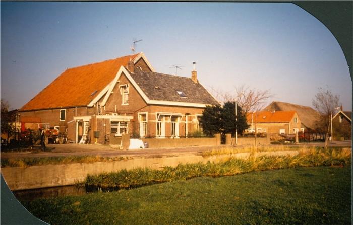 piershil-voorstraat-gemeentehuis-boerderij-01