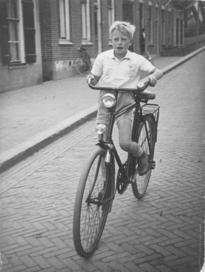 piershil-voorstraat-gerardhollander-1950