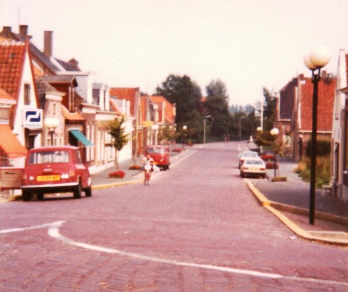 piershil-voorstraat-herenhuizen-1980