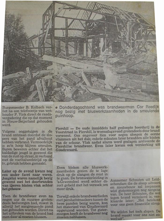 piershil-voorstraat-knipsel-oktober-1978