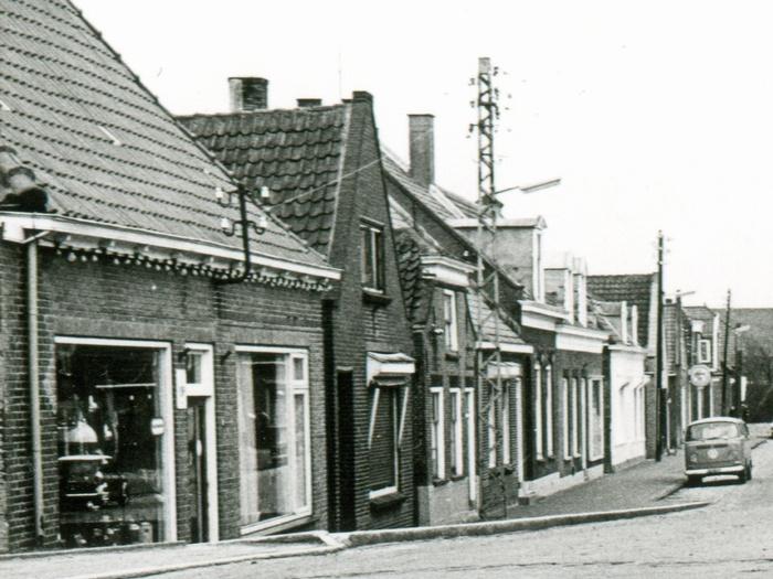 piershil-voorstraat-uitsnede-01-1973