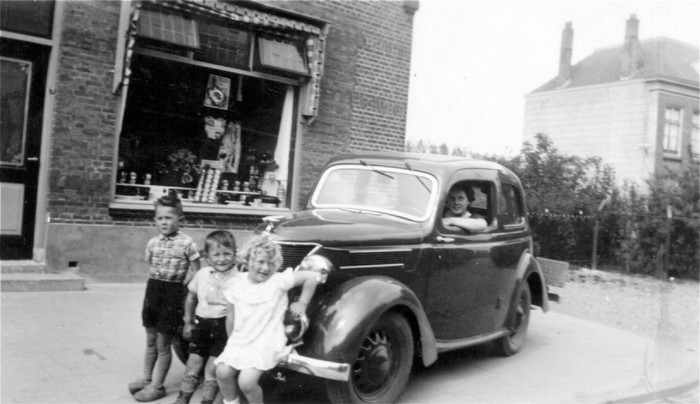 piershil-voorstraat27-slagerijstuip-1940
