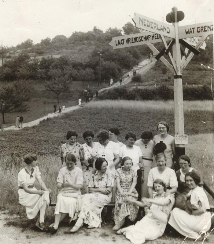 piershil-vrouwenclub-3landenpunt-1938