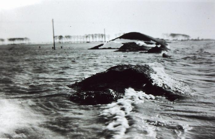 piershil-watersnood-dijk-rechtssimonia