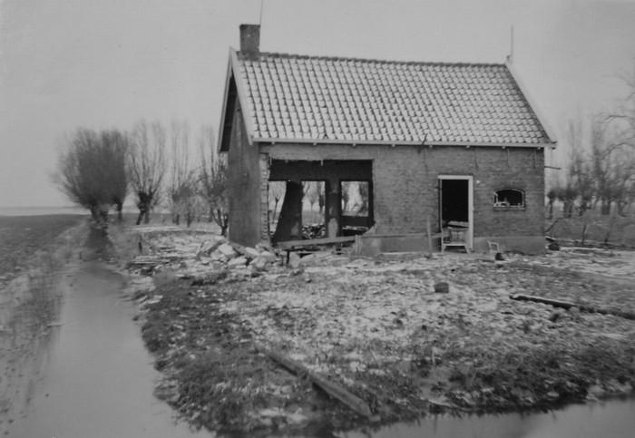 piershil-watersnood-huizeveerman-02