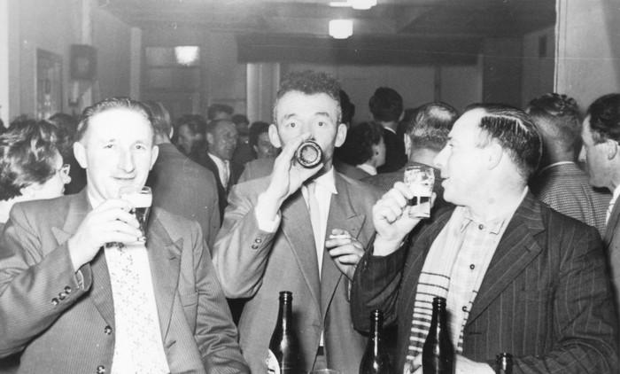 piershil-zaalthart-feestje