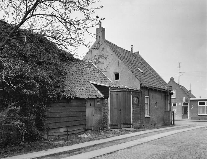 piershil-zijkant-patatzaak-1972