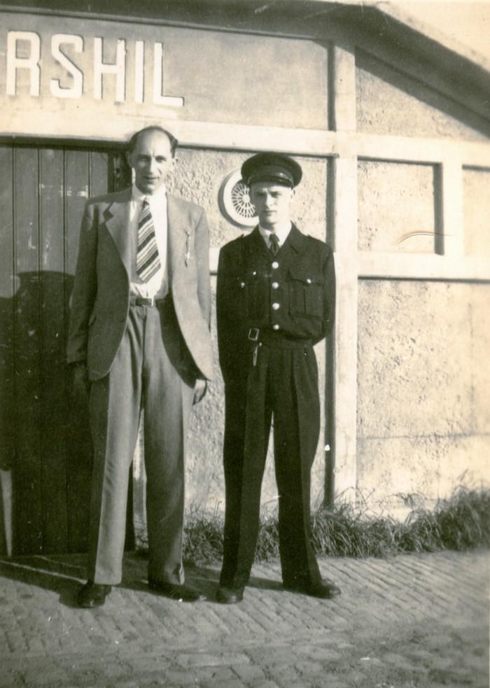 tramhalte-piershil-pietenjanushoepel-3juni1947